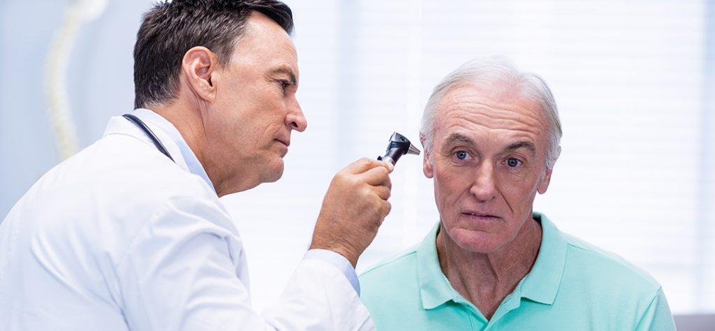 adultos mayores y perdida auditiva header